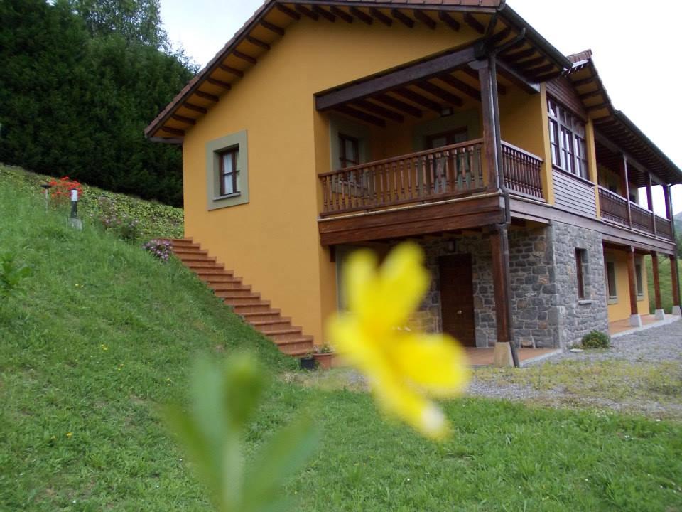 Casa de Aldea La Llosica