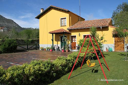 Casa de Aldea Camangu C