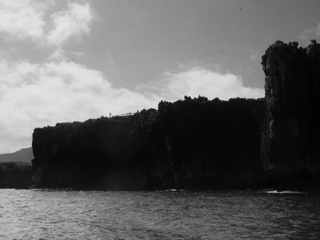 Castru Arenes desde el mar